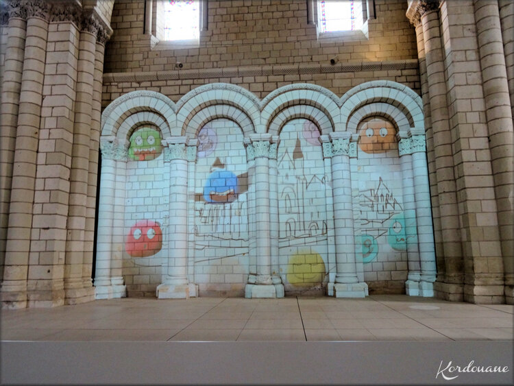 Photo de jeux de lumières - Abbaye de Fontevraud