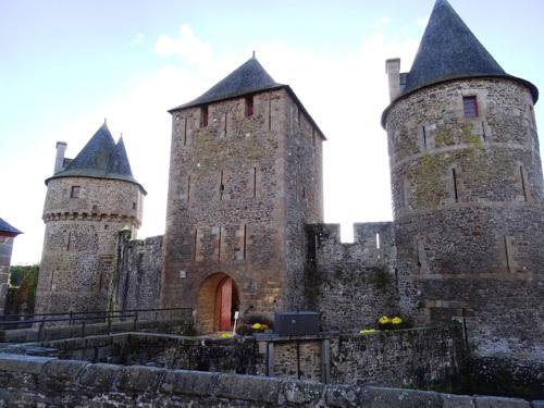 Le çâteau de Fouzères en Bretagne (photos)