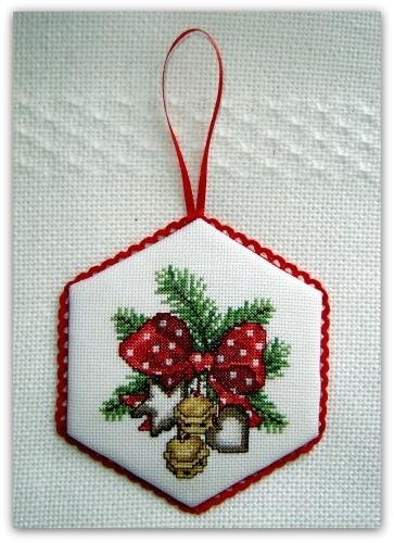 christmas-bow-2011-ems.jpg