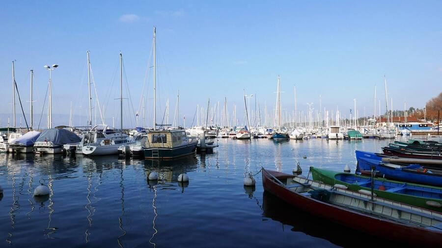 Bonjour....  Le Lac Léman - Thonon les Bains