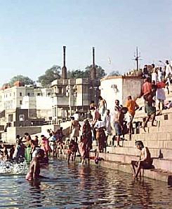 Ghats_sur_le_Gange.jpg