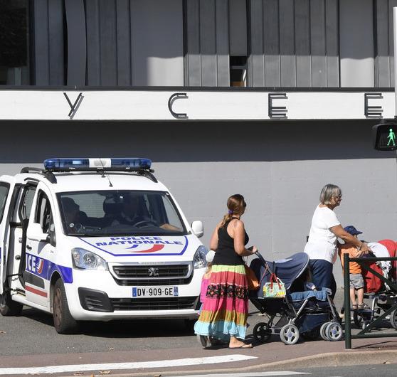 La victime était scolarisée en première S au lycée Louis-Armand à Gleizé