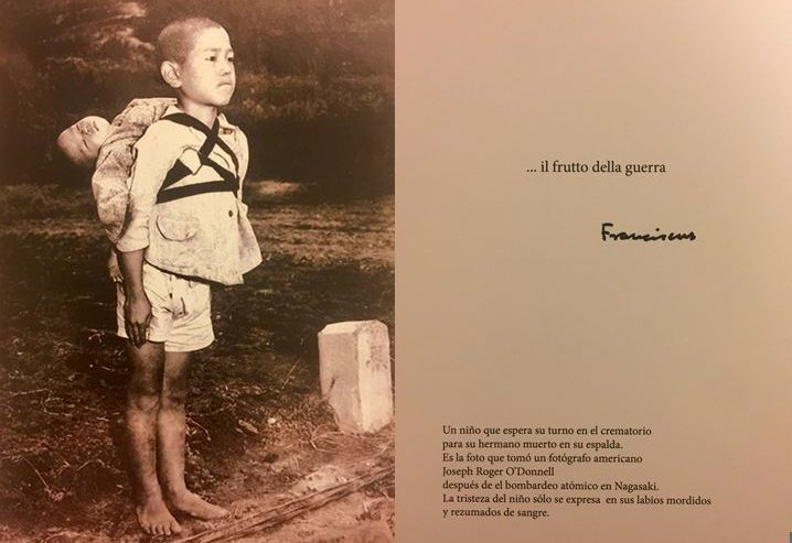 Photo du pape pour dénoncer la guerre, Nagasaki © Bureau de presse du Saint-Siège
