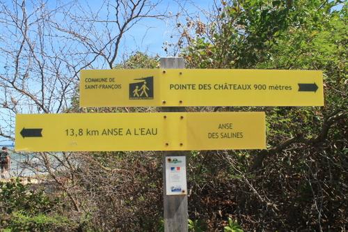 Balade de Anse à la Gourde à la Pointe Des Châteaux