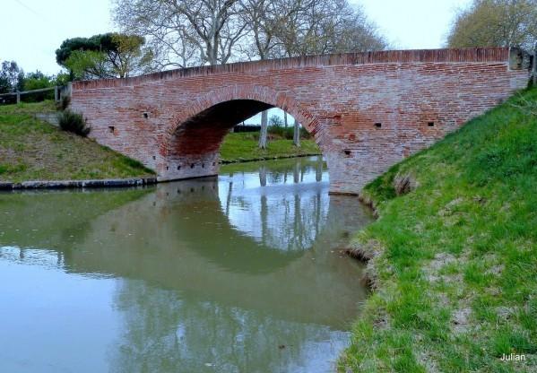 S02 - Un pont