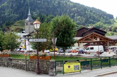 Blog de beaulieu : Beaulieu ,son histoire au travers des siècles, Randonnée au Planay. Arêches..les Abords du Plan Villard et ses Alpages.17.06.2015..suite