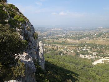Vers le Nord, la Cadière (à gauche) et le Castellet (à droite)