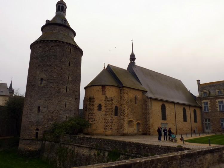Tour de l'Horloge et chapelle