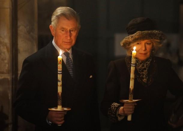 Charles et Camilla à l'église