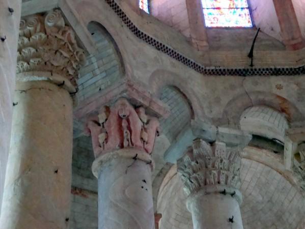 piliers-du-choeur.jpg