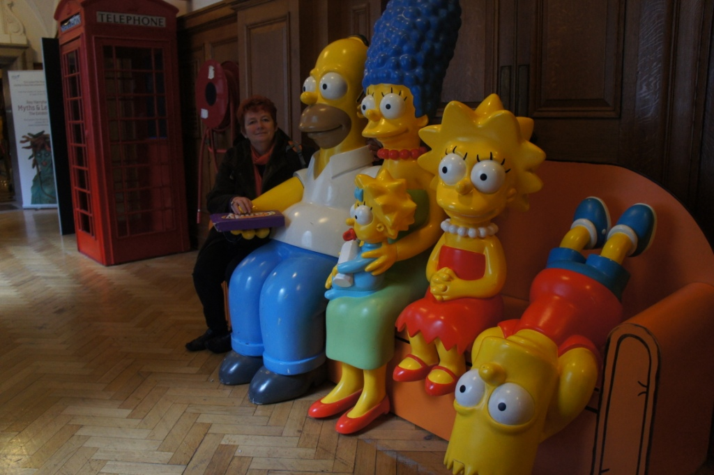 HAVE YOU MET THE SIMPSONS?