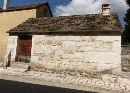 Petit patrimoine à Hauteville-Lompnes ( 3 )