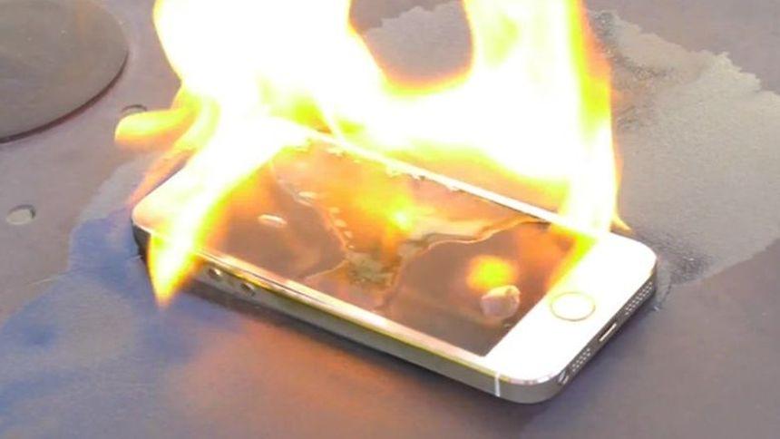 Les téléphones qui prennent feu