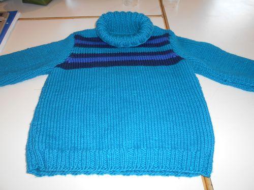 Nouveau pull pour mon loulou.