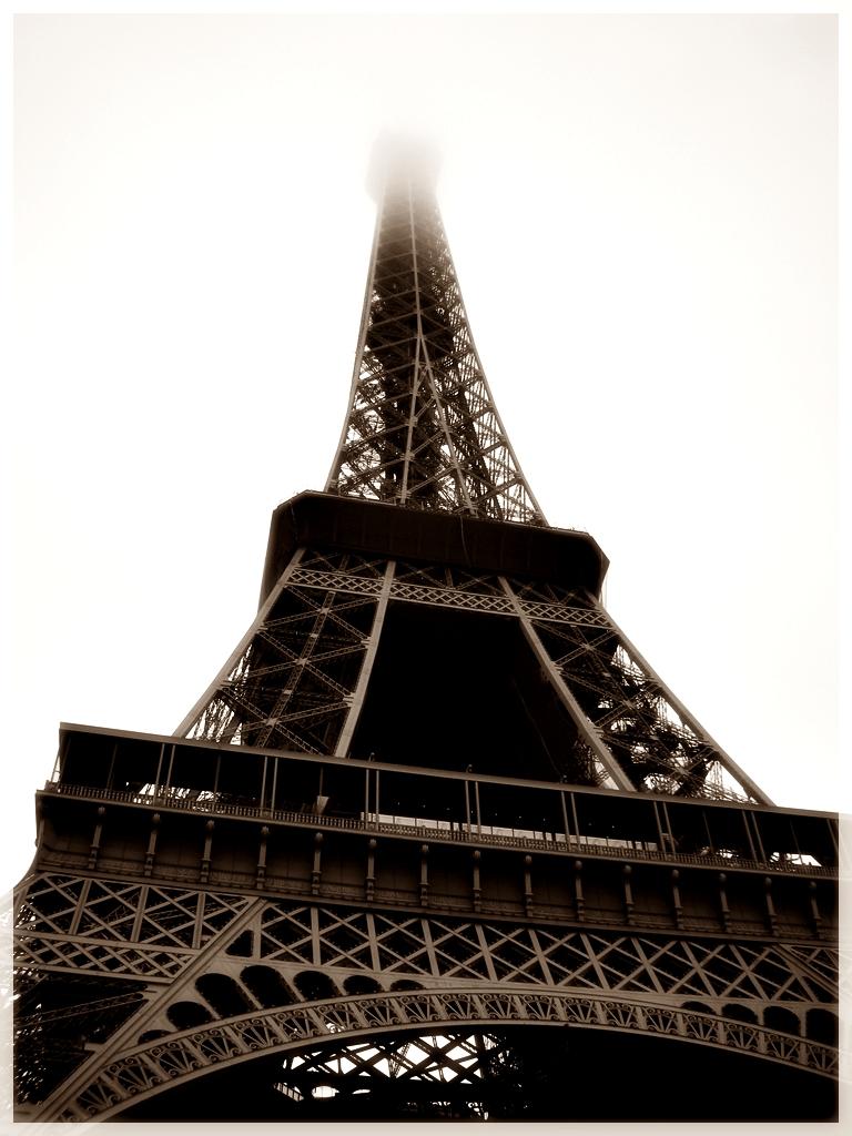 Paris, la dame de fer...