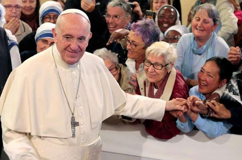 Le pape met en garde les chrétiens du Maroc contre tout prosélytisme