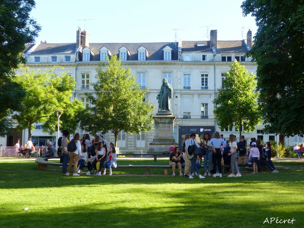 Dernières images d'un mois de juin à Amiens.