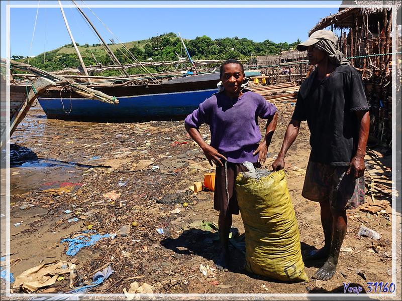 Le port des boutres - Hellville - Nosy be - Madagascar