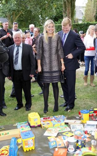 Maxima et Willem Alexander à la fête des voisins