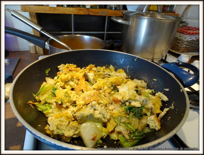 Chou Pak Choï nouilles chinoises et omelette