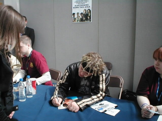 CoreyHaim collectormania 9 -06