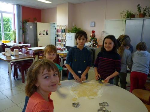Confection des petits sablés CE1/CM2