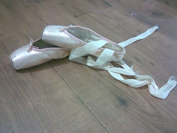 My-Pointe-Shoes-ballet-2673931-1280-960