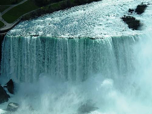039-niagara-falls-copie-1.JPG