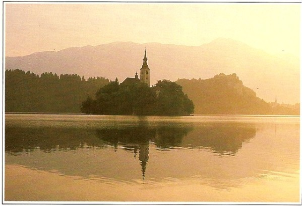 Bled.jpg-Yougoslavie-copie-1.jpg
