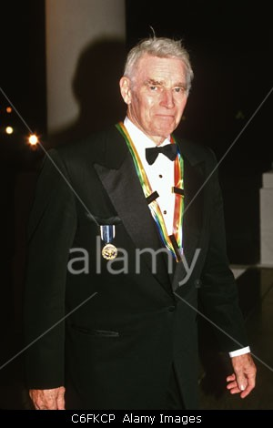 Actor Charlton Heston arrives for the Kennedy Center Honors reception at the White House December 7, 1997 in Washington, DC. Stock Photo