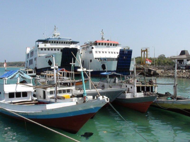 Mercredi 28 Septembre 2011 - Port Pantai Bira et alentours - (1)