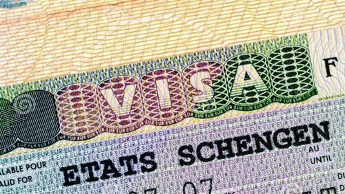 La France augmentera le nombre de visas pour les algériens