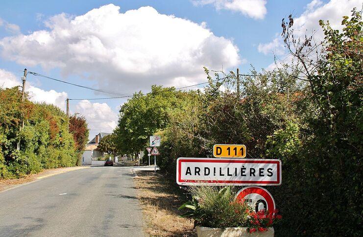 002 Ardillieres ( 17290 ).JPG