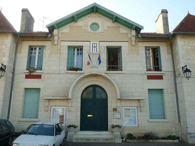 Boisredon mairie.JPG