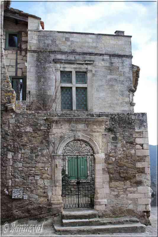 Ménerbes Vaucluse belle maison