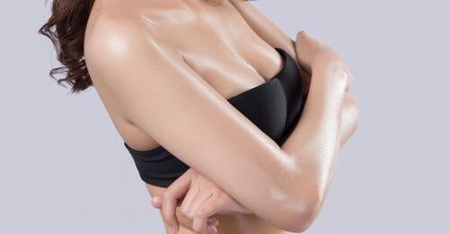 10 astuces pour mettre en valeur des petits seins