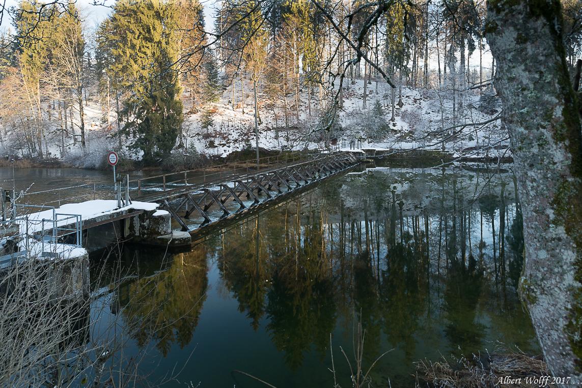 Tiens, de la neige au lac Saint Point ... et ailleurs.