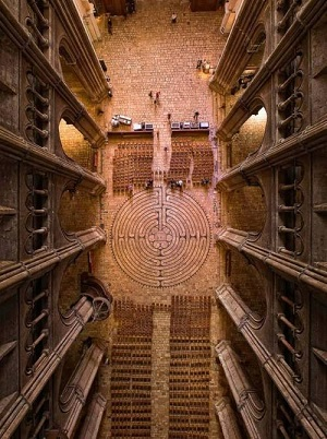 Le labyrinthe de la cathédrale de Chartres ...