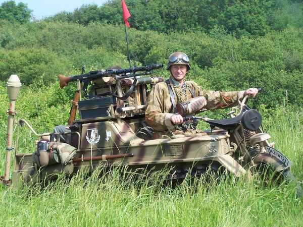 Jean-Claude Rémond, collectionneur de matériel militaire de la seconde guerre mondiale