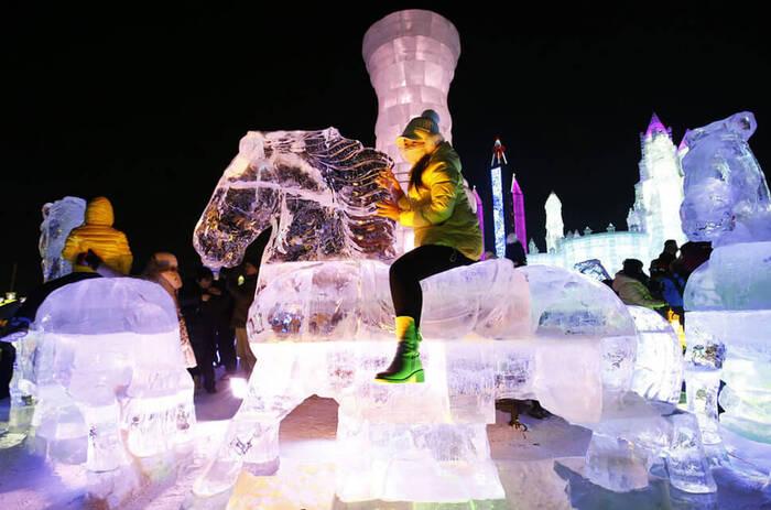 Le Festival De Sculpture Sur Glace De Harbin...  Fête Cette Année Sa 31ème Édition...