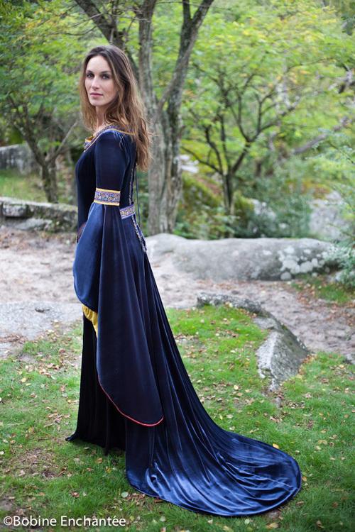 """Robe de Mariée Médiévale """"Rouanenn"""" La Magnifique"""