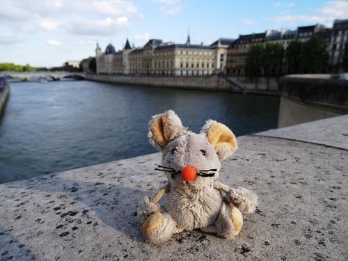 Dorothéa sur les bords de Seine
