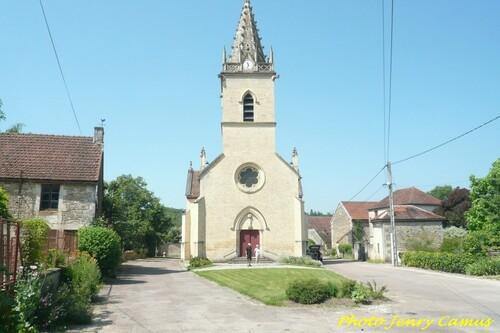 Mady Bailleux et Maripol Camus ont exposé dans l'église de Magny-Lambert
