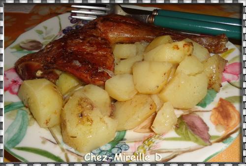 Cuisses de Pintade rôties sur Pommes de terre
