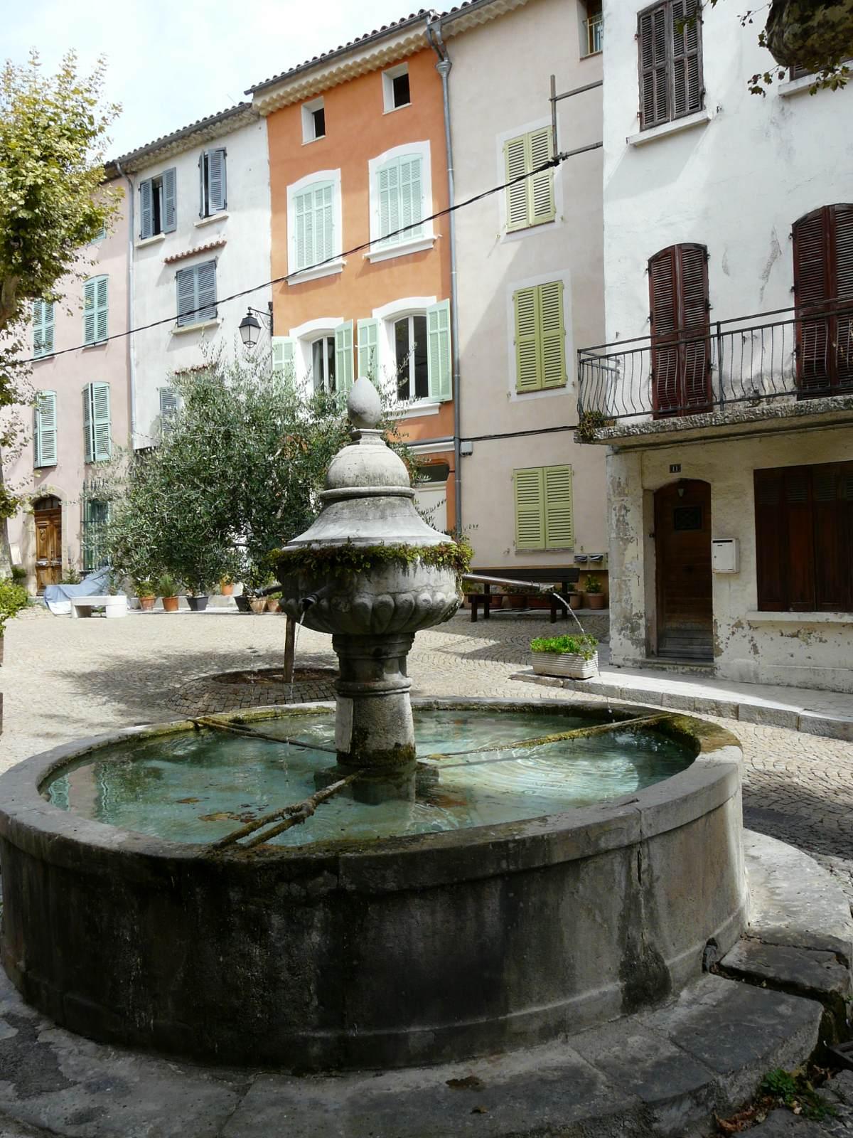 Flayosc, village de Provence