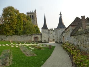 Abbaye du Bec-Helloin