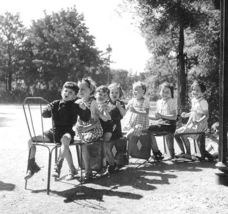 Enfance et vieillesse au Jardin du Luxembourg (1/2)