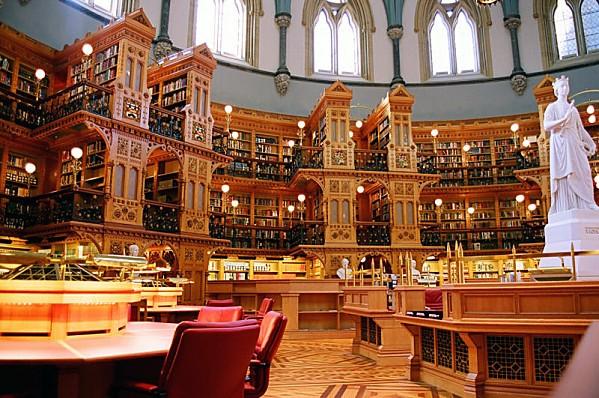 Ottawa-Bibliotheque-Parlement.jpg