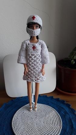 Robe barbie infirmière