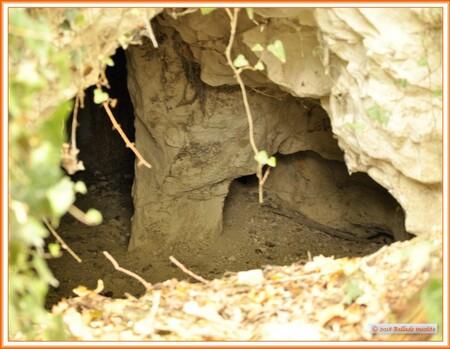L'entrée d'une cave ???